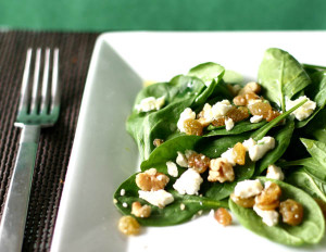 spinach-salad-with-walnuts