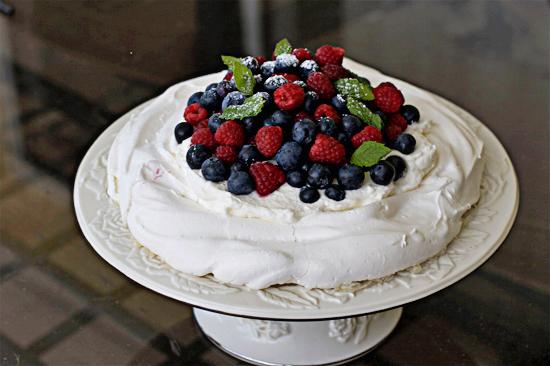 cake-pavlova3