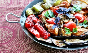 Saj-cooked chicken with vegetables