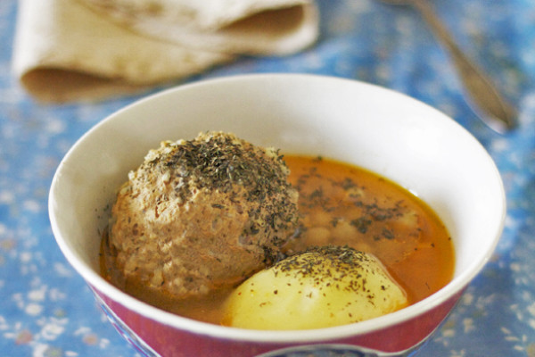 Kufte-Bozbash or Azerbaijani Meatball Soup