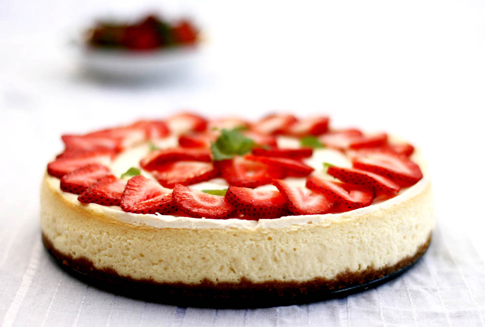 Strawberry Swirl Cheesecake Recipe Cheesecake Factory Strawberry chessecake