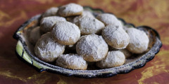 Mexican Wedding Cookies aka Universal Delight
