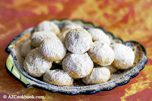 Mexican wedding cookies cuernitos