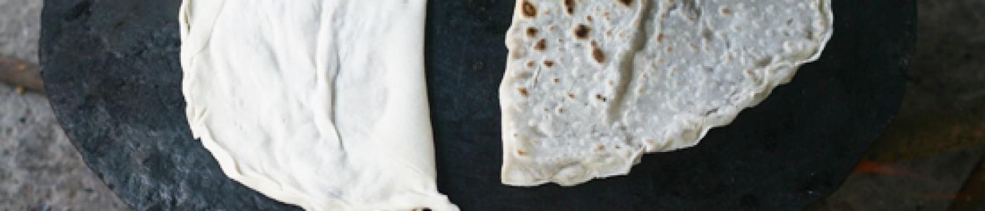 Meat Stuffed Flatbread (Et Gutabi)