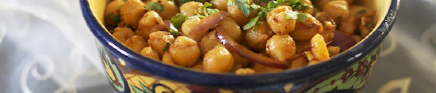 Moroccan Chickpea Salad With Onions and Paprika