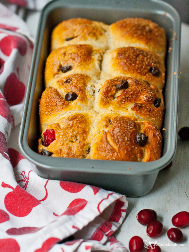 cranberry chocolate sweet buns_04_web